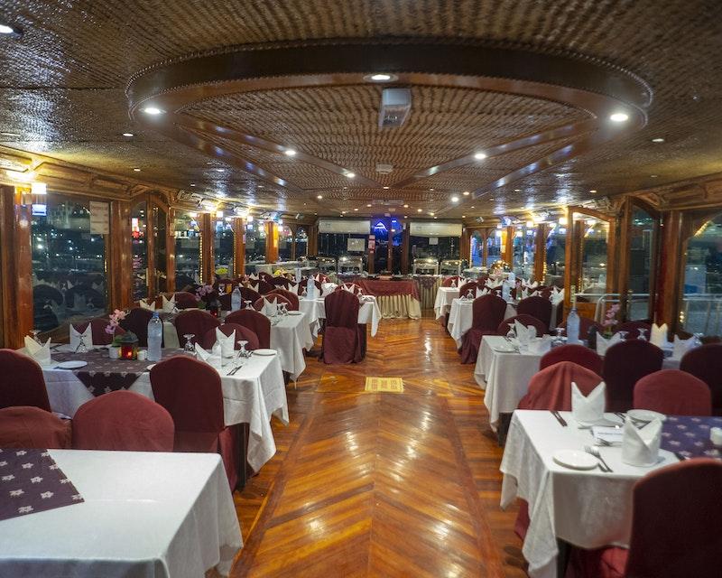 Dhow Cruise at Dubai Creek Price