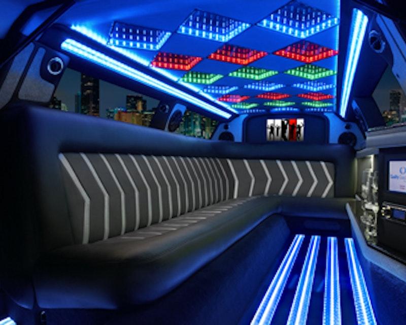 1 Hour Stretch Limousine Ride Dubai Discount