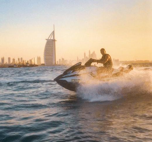 Jet ski - Jumeirah Beach  Discount