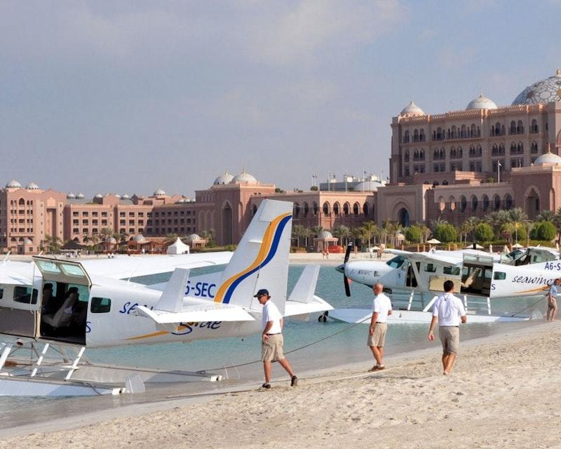 Sea Plane Tour – Abu Dhabi (30 Minutes)  Discount