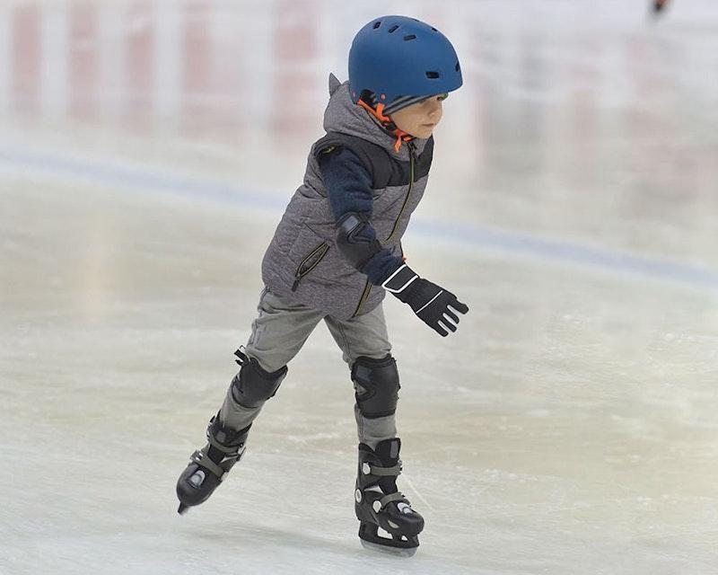 Dubai Ice Rink  Ticket