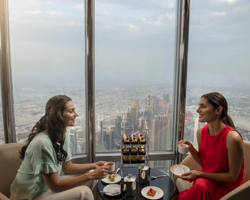 Burj Khalifa : The Lounge 152 ,153 and 154 Floor Ticket