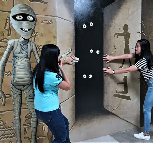 3D World Selfie Museum Location