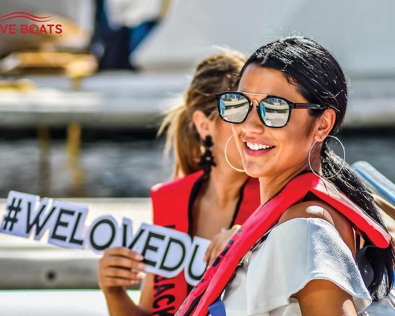 Love Boat Sightseeing Tour Dubai Ticket