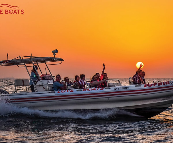 Love Boat Sightseeing Tour Dubai Discount