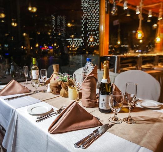 Alexandra Dhow Cruise Dinner Dubai Marina Discount
