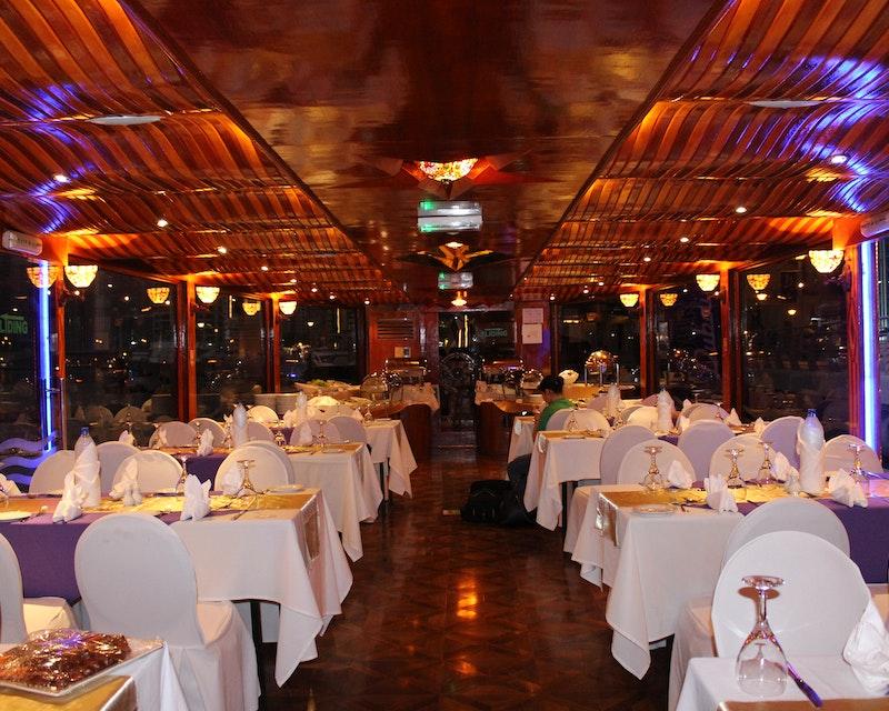 Sunset Dinner Dhow Cruise at Dubai Marina