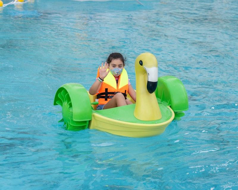 Dubai Fountain Flamingos Boat Experience Price