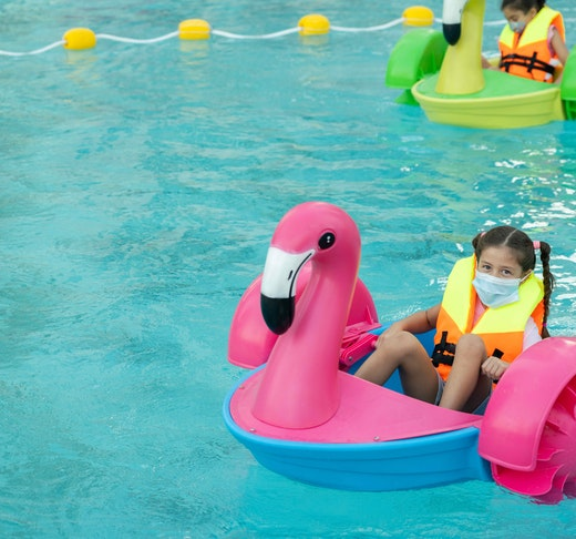 Dubai Fountain Flamingos Boat Experience Discount