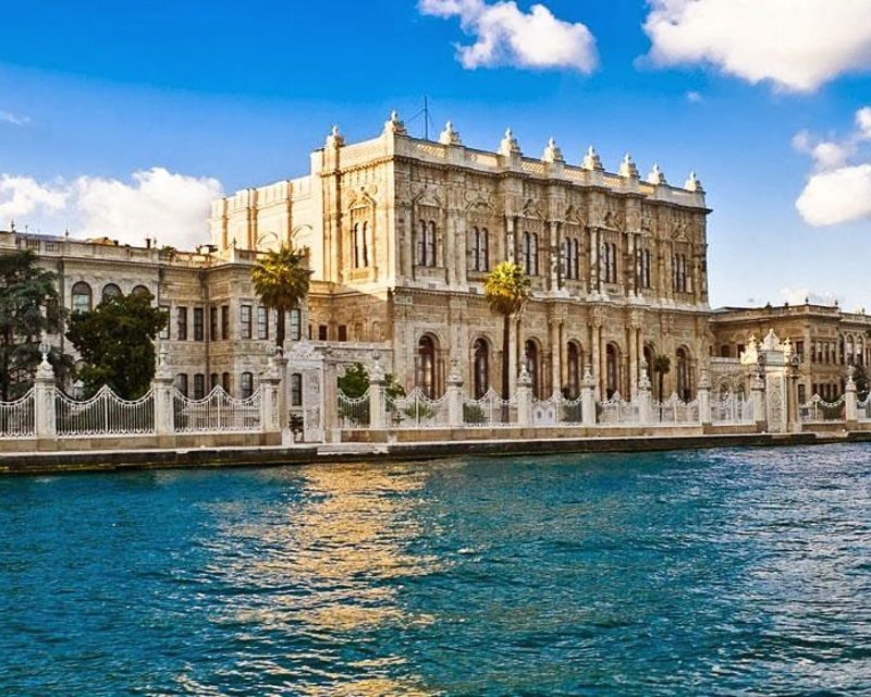 Bosphorus Cruise with Asian Side & Dolmabahce Palace Ticket