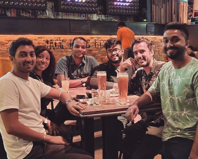 Pub Crawl Dubai Tripx Tours